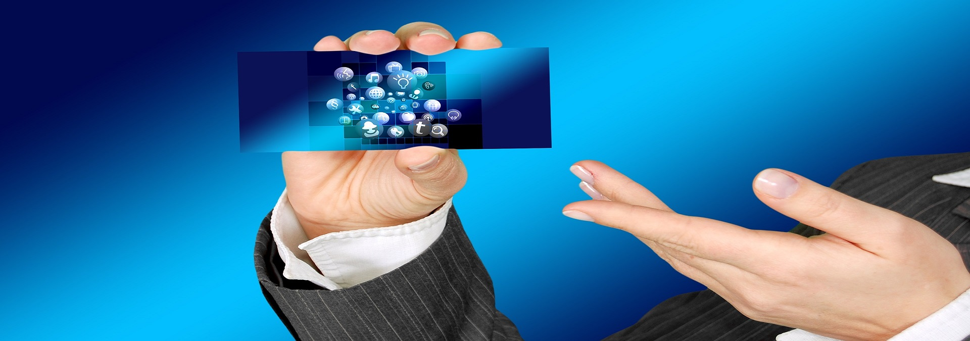Developments in e-commerce have the qualities that will change the rule of the game.