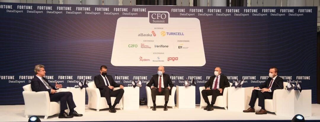 """CFO Summit, bu yıl """"Reconnect"""" (Yeniden Bağlan) teması etrafında düzenlendi."""