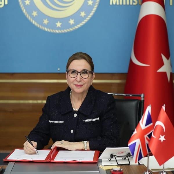 Türkiye ile Birleşik Krallık arasında serbest ticaret anlaşması imzalandı.
