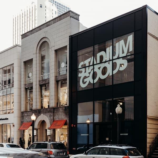 Zalando ile ortaklık kuran ABD merkezli Stadium Goods, trend spor ayakkabılarını Avrupa pazarına sunuyor.