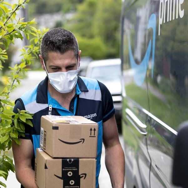 Amazon Prime üyeleri, hızlı teslimat hizmetinden faydalanabiliyor.