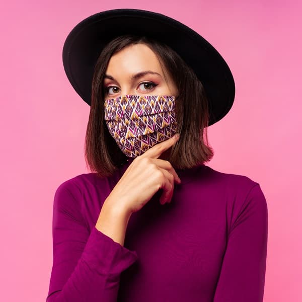 Lüks moda perakendecileri pandemi sebebiyle düşen satışların artacağını düşünüyor.